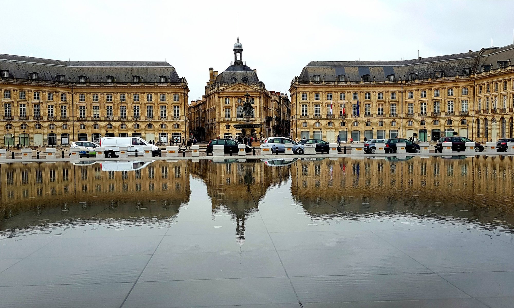 Miroir D'Eau at Place de la Bourse in Bordeaux. Absolutely stunning!