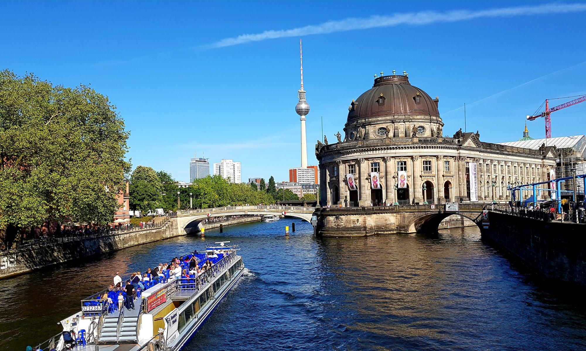 berlin museum island river boat cruise